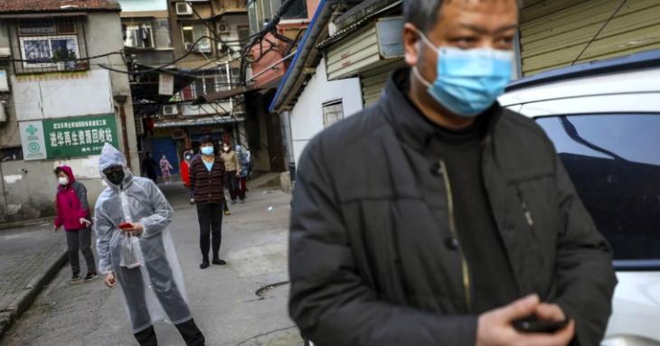 China: 59% dintre cei pozitivi sunt asimptomatici. Italia: pneumonii severe încă din noiembrie. Nu avem