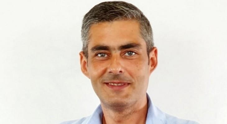 """Lucian Lungoci: """"O să-i învăț pe liberali cum se șterg înjurăturile scrise pe geamul sediului de partid"""""""