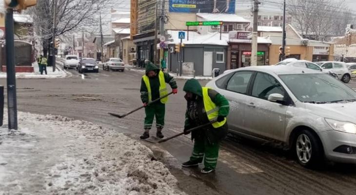 Polaris acţioneazǎ pentru deszăpezire pe strǎzile din Constanţa