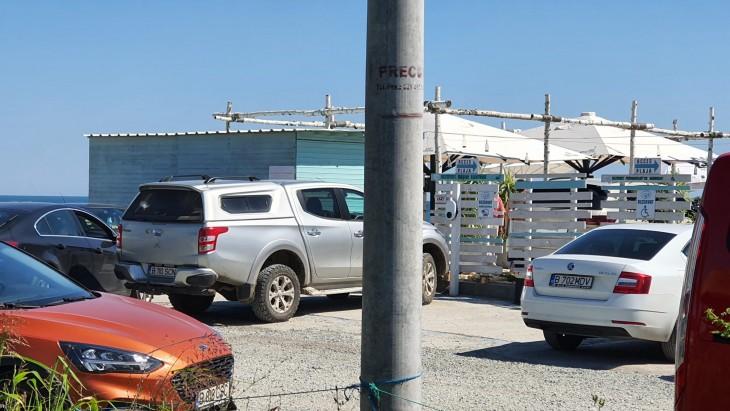 Primarul Maricel Cîrjaliu a blocat intrarea în restaurantul Golful Pescarilor, cumpărat de ginerele său cu 200 de lei