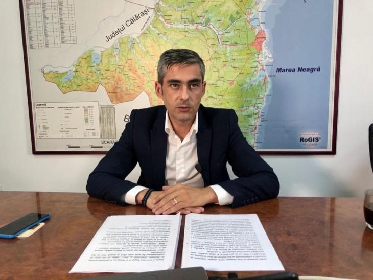 """Lucian Lungoci contestă modul în care Mihai Lupu împarte banii în județ. """"Cinci paie la 44 de UAT-uri"""""""