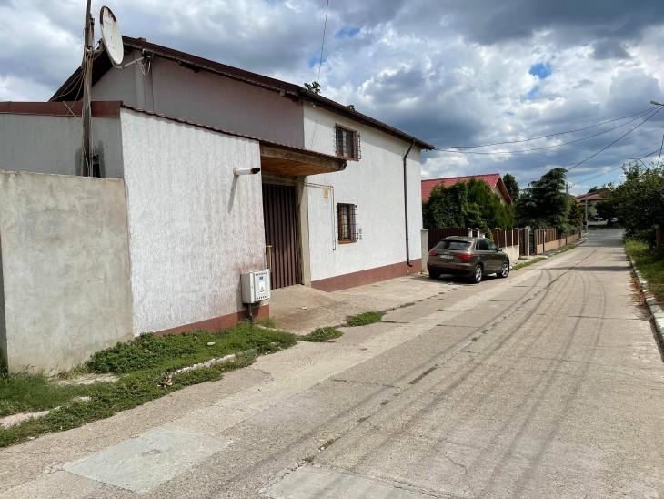 Casa în care locuiește Bogdan Cîrjaliu este pe numele tatălui, Vasile