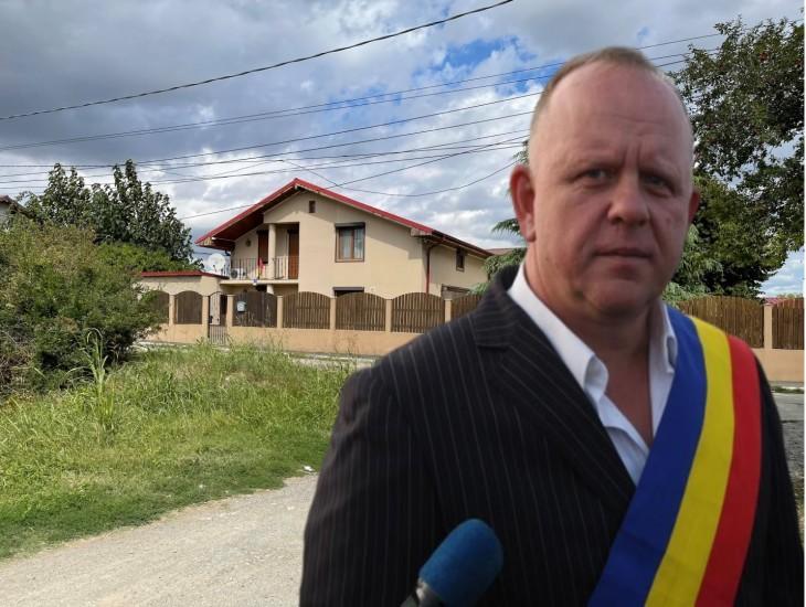 De frica procurorilor, primarul din Agigea, Maricel Cîrjaliu, și-a mutat averea pe numele apropiaților