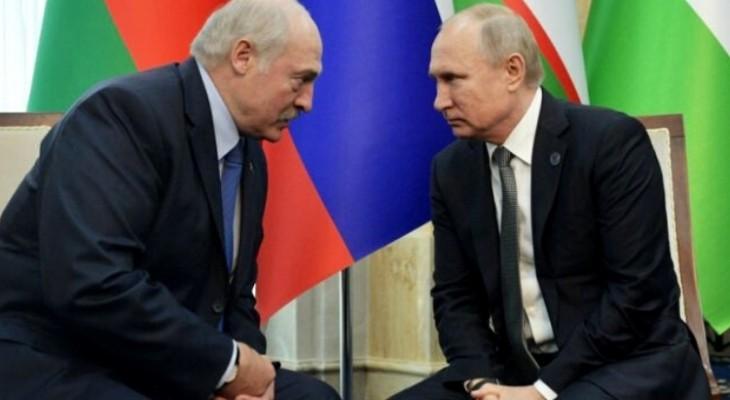 Guvernul de la Minsk a demisionat! Lukașenko pleacă huiduit de muncitori