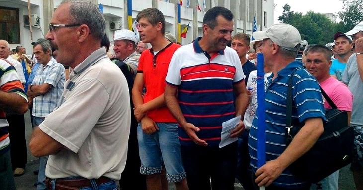 """Valentin Vrabie, """"ajutat"""" să piardă concursul OameniDeValoare.ro. Cum a fost furat sistematic primarul din Peștera"""